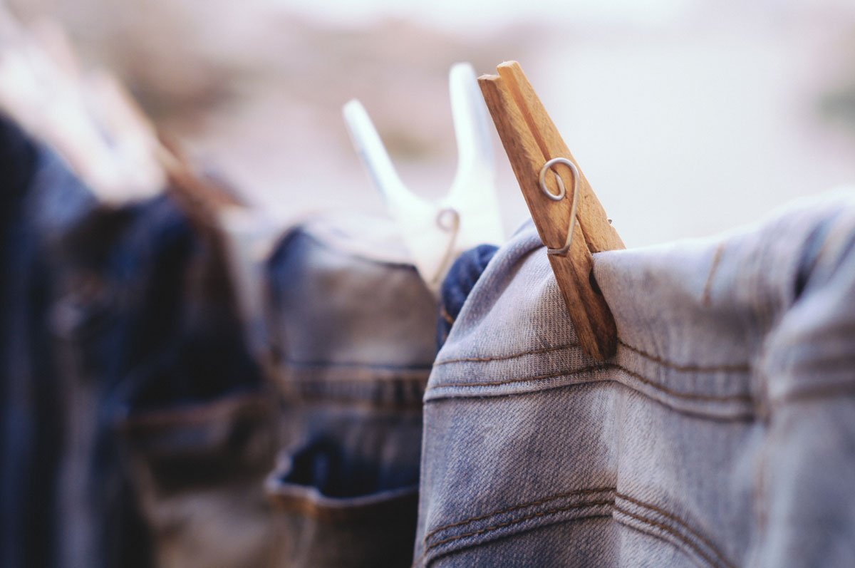 hang dry, air dry, how to hang dry, hang dry your clothes, how to air dry