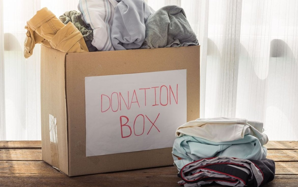 how-tell-when-its-time-donate-your-clothing